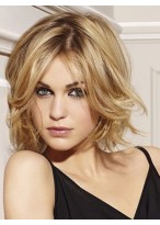 Wavy Blonde Wig With Flying Ends
